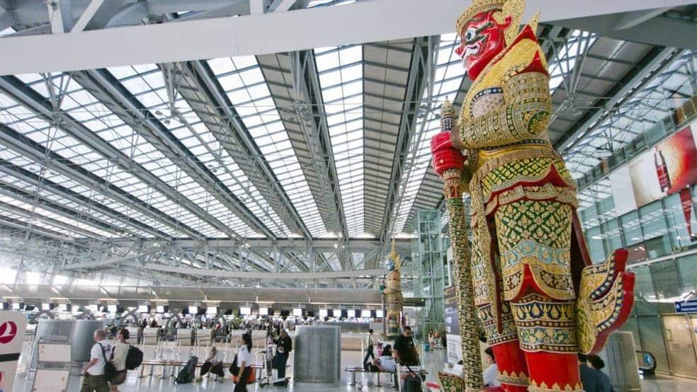 """שדה התעופה """"סובבראנבומי"""" בנבגקוק - שער הכניסה לתאילנד"""